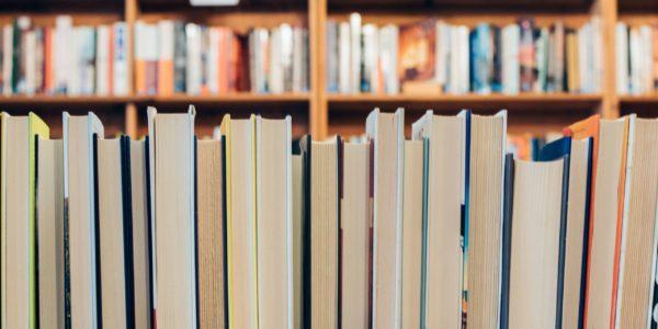 Over mij - boeken